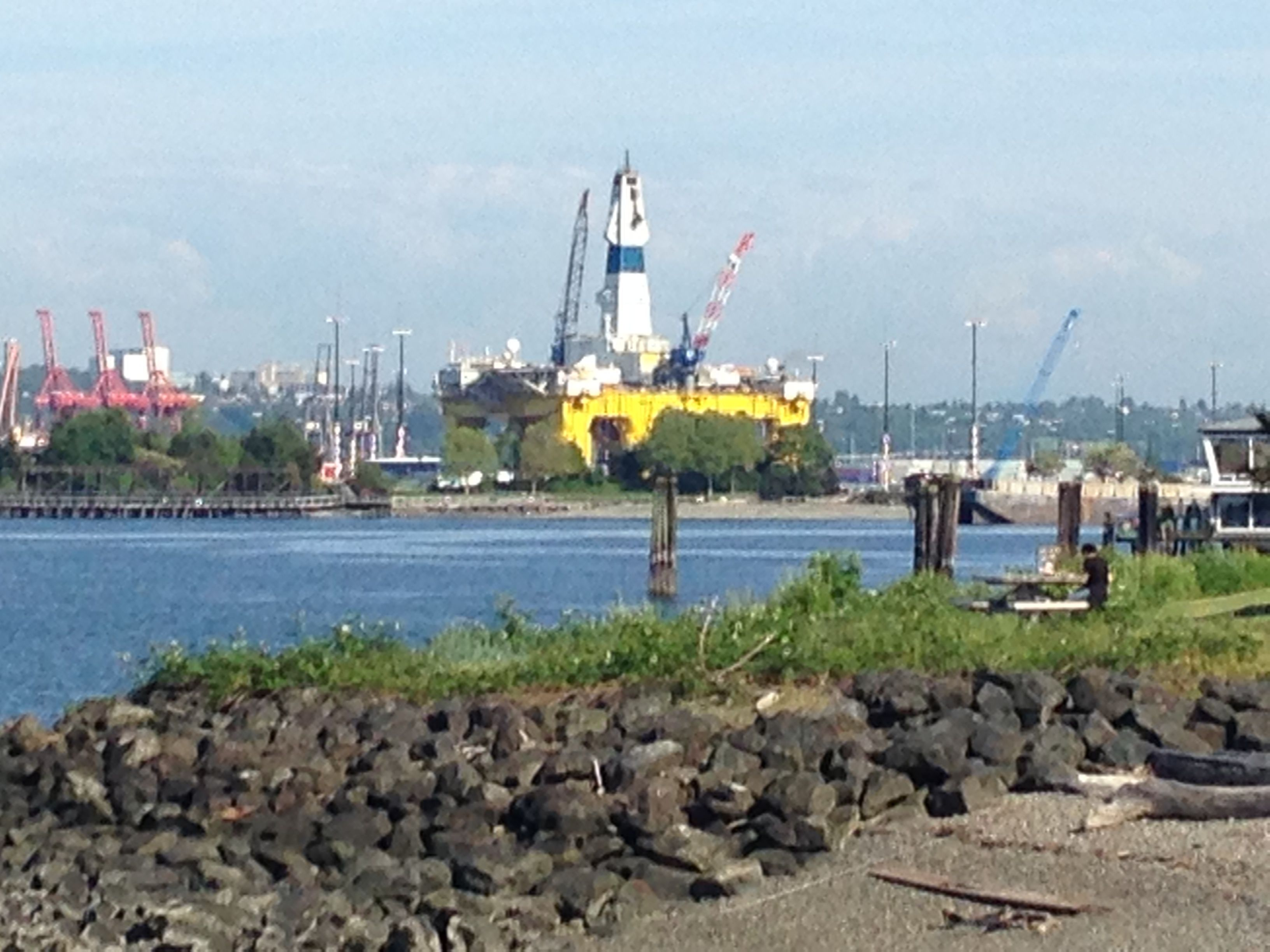 The Polar Pioneer, Shell's controversial oil rig